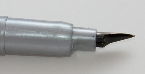 Ручка Copic drawing pen, зона грипа и пишущего узла