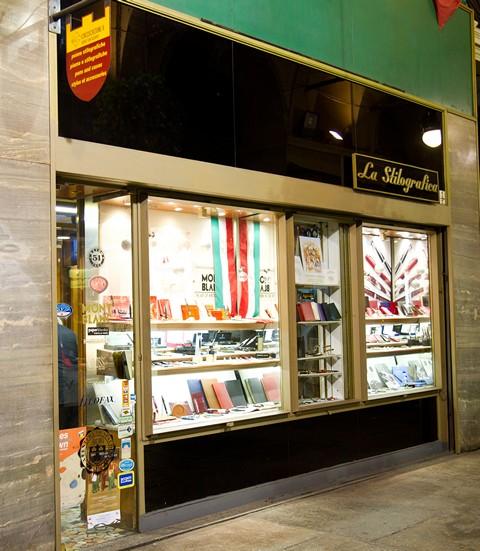 Магазин перьевых ручек La Stilografica в Турине, Италия