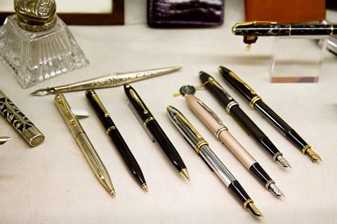 Перьевые и шариковые ручки в Турине