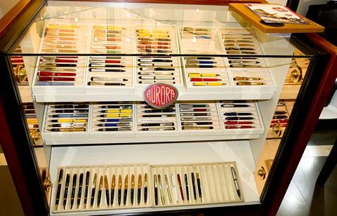 Перьевые ручки Aurora в магазине MeGa