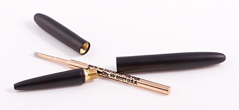 Fisher bullet space pen в разобранном виде