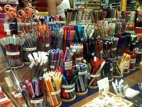 Ручки в магазине PEPA PAPER