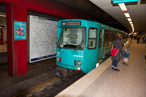 Поезд на выставку
