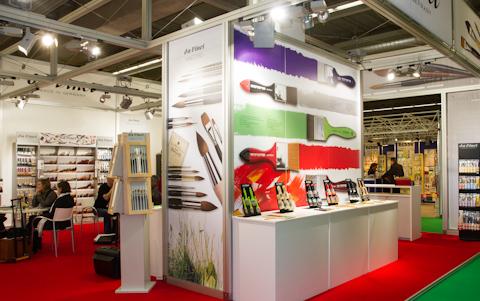 Кисти мастихины и прочее на выставке PaperWorld 2013